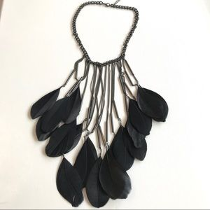 Statement feather necklace
